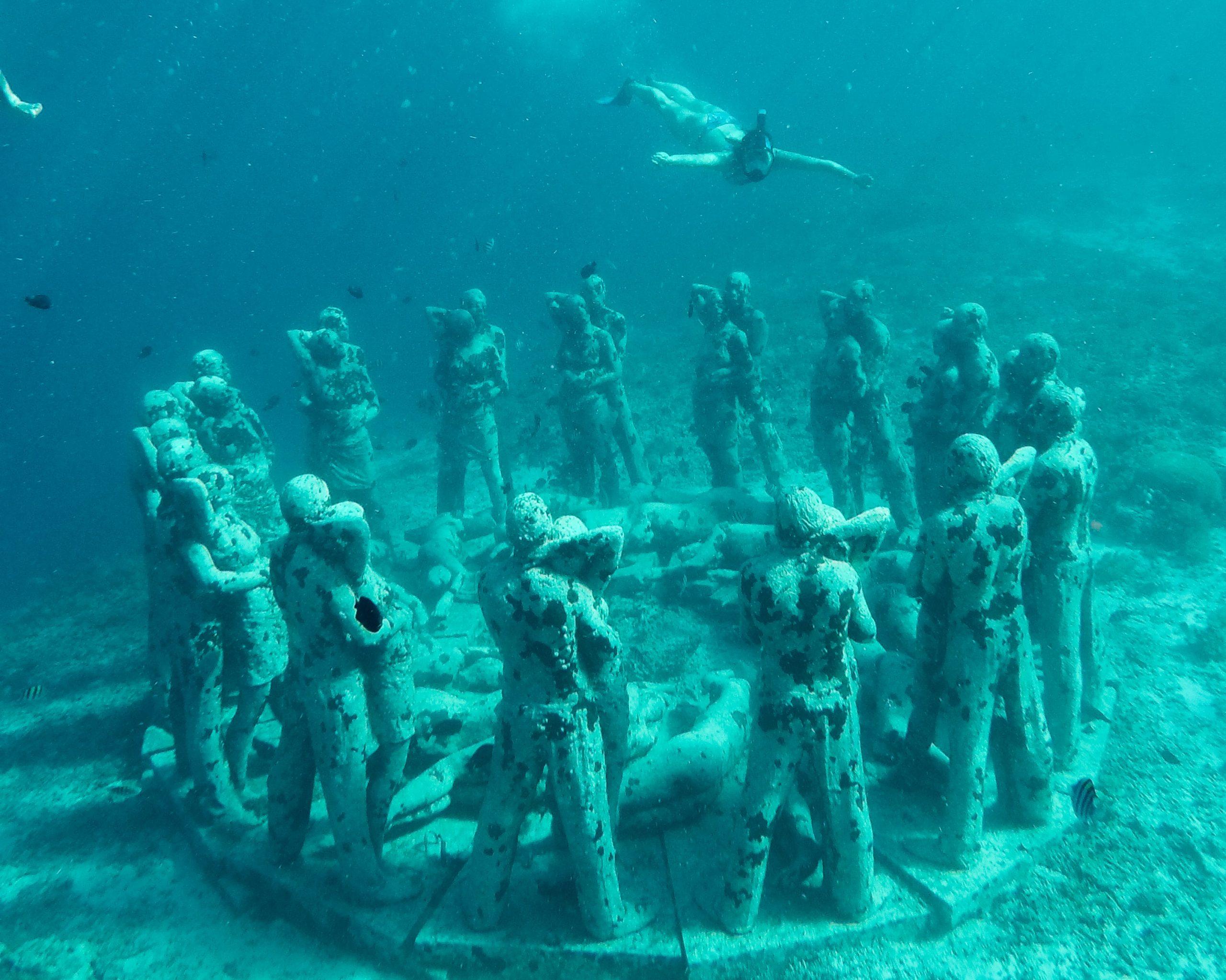 Underwater Statues Bali